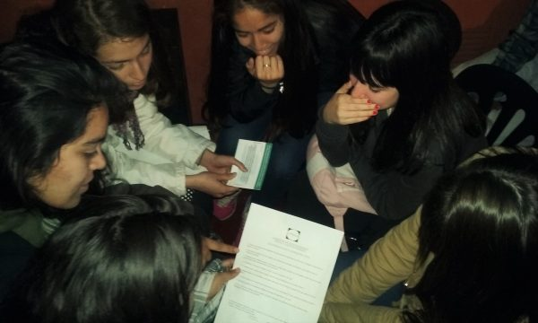 Radioteatro y debate con jóvenes sobre la violencia contra mujeres