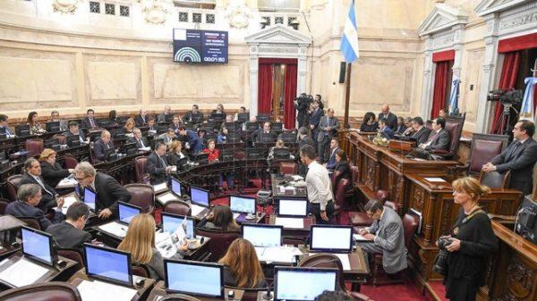 Organizaciones de mujeres celebran la ley que retira la responsabilidad parental a los femicidas
